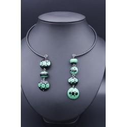 Assymétrik collier en perles de verre